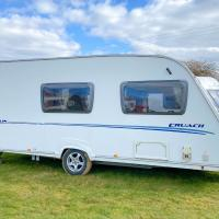 StayZo Airy Touring Caravan With built in heater and Free Wi-Fi located in the Chiltern Hills
