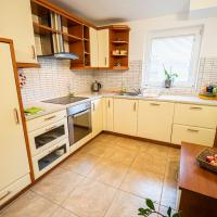 Three Bedroom Apartment with Terrace Ole