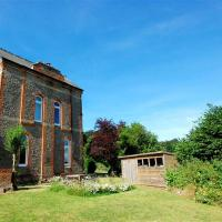 Unique Mansion in Battle Kent with Garden
