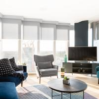 The Stratford Escape - Modern & Bright 2BDR Loft with Amazing Views