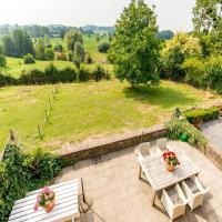 Magnificent Holiday Home in Sint-Martens-Voeren with Garden