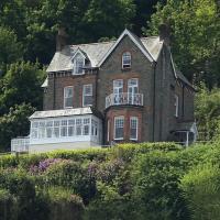 Highcliffe House, hotel in Lynton
