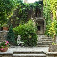 Saxonis Houses & Saxonis Villa