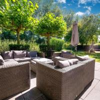 Delux Holiday Home in Zeewolde with Swimming Pool