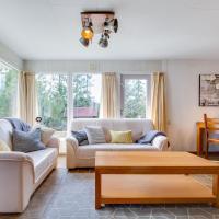 Captivating Holiday Home in Denekamp with Garden, hotel in Denekamp
