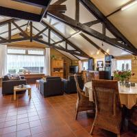 Cozy Holiday Home in Oisterwijk with Swimming Pool
