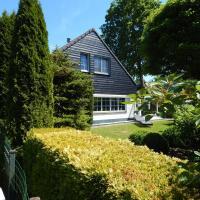 Traumhaftes-freistehendes-Ferienhaus-an-der-See-Strand-Yachthafen-W-Lan