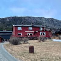 Solbakken, hotel in Skjåk