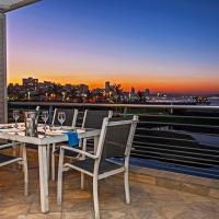 304 Quays Seaside Apartments