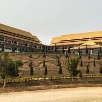 M Hotel, hotel in Ban Houayxay
