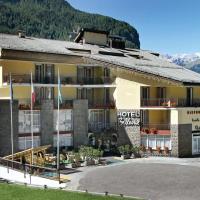 Hotel Bellevue, hotell i Canazei