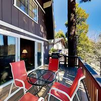 Running Springs Cabin - AC, Smart TVs & Fireplace home, hotel in Running Springs