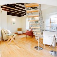 ALTIDO Unique Mezzanine Apartment in St Andrews