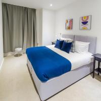 Absolute Stays at The Ziggurat - Close to London - Near Luton Airport - St Albans Abbey Train station - St Albans Cathedral - Harry Potter World - Free WiFi - Contractors - Corporate