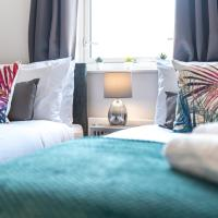 Ashford Bellaire Apartments with FREE Parking, FREE fast WiFi - great location for holidays, contractors or corporate groups