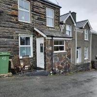 Snowdonia Rock Cottage - cosy and pet friendly