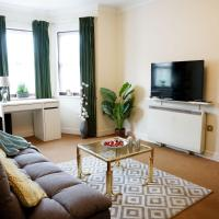 18 PARKGATE Dreams Unlimited Serviced Accommodation- SloughHeathrow