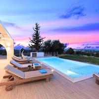 Orientem Villa Heated Pool, hotel in Georgioupoli
