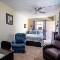 Downtown Market Apartment - An Irvie Home, hotel in Silver City