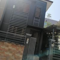 JH transient house, hotel in Tanza