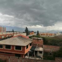 Habitación independiente zona tranquila, hotel em Riobamba