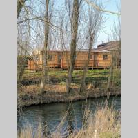 Poplar Lodge Retro Log Cabin