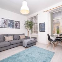 Dwell Living - 2 Bed Flat in Heart of City centre, Sleeps 5, New