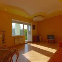 Dream House near the lake with High-Speed Internet, hotel in Gvozdov