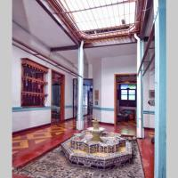 Espectacular casa colonial privada en San Antonio.