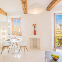 Sunlight Properties - BO - Hyper central, balcony, 5 mins to the beach