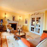 F2 Charming City Centre Apartment full of Character