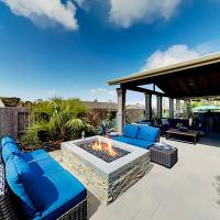 Backyard Oasis - Outdoor Kitchen, Bar & Billiards home, hotel in Laguna Niguel