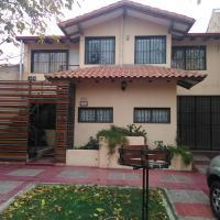 Mendoza Departamento 4 personas, en Dorrego, hotel in Guaymallen