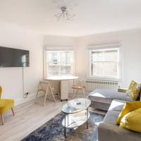 2 Bed City Centre Apartment 1 min from Bath Abbey