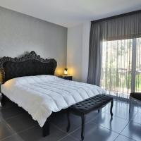 Crystal Hotel, hotel in Kakopetria