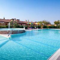 Locazione Turistica Papavero - FNM211, hotell i Montemaggiore al Metauro