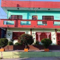 Room in Guest room - Casa Chable Ambiente Familiar Y Centrico Hab 1