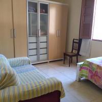 Quarto de Solteiro em casa no Centro de Vitória E.S.