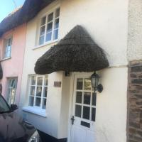 Picture Postcard Thatched Cottage, hotel in Chulmleigh