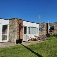 Chalet 140 Brambles Chine Holiday Bungalows