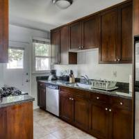 Stay Gia Modern 2 Bedroom Apartment Near LAX