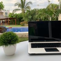 Depto Planta Baja Marina Diamanate Con Wi-Fi, hotel cerca de Aeropuerto internacional General Juan N. Álvarez - ACA, Acapulco