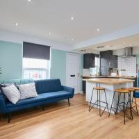 Stunning Leeds House - Sleeps 8 - Wifi - Parking