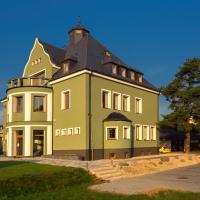 VILA POD LIPAMI, hotel v destinaci Bruntál