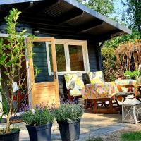 Tiny House in mooie tuin, hotel in Zuidlaren