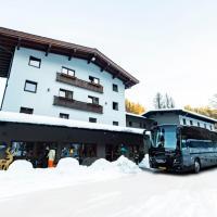 Contiki Haus Schöneck, hotel in Hopfgarten im Brixental