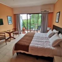 Nuevo Hotel Plaza, hotel in Minas