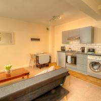 Pass the Keys Luxury 2 bed house in quiet Baffins area, sleeps 5