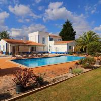 Quinta do Lamy Privat Pool Garden Privacy Benagil Beach Lagoa, hotel in Lagoa