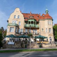 Hotel Amalia, hotel in Kudowa-Zdrój